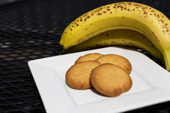 Healthy cookies and fresh bananas Royalty Free Stock Photography