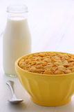 Healthy corn flakes breakfast Royalty Free Stock Photos