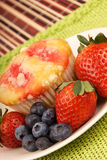 Healthy Desert Muffin and Fruit Royalty Free Stock Photos