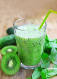 Healthy Detox Smoothie with Spinach, Kiwi and Cucumbers Stock Photos