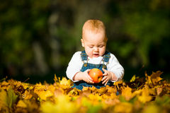Healthy eating - baby and apple Royalty Free Stock Images