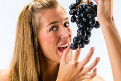 Healthy eating grapes Royalty Free Stock Photo