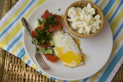 Healthy food: scrambled eggs and cottage cheese Royalty Free Stock Photography