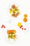 Healthy and fresh salad with shrimps and vegetables Royalty Free Stock Photos