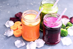 Healthy and fresh vegetable smoothie Royalty Free Stock Images