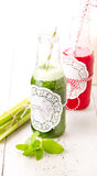Healthy green and red smoothie drink Royalty Free Stock Photography