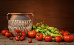 A healthy group of vegetables with a pot Royalty Free Stock Photography