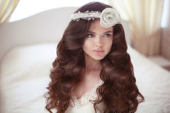 Healthy hair. Beautiful bride girl fashion portrait. Wedding Hai Royalty Free Stock Photos