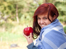 Healthy lifestyle - girl with apple Royalty Free Stock Images