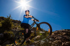 Healthy lifestyle - woman cycling Royalty Free Stock Images