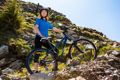 Healthy lifestyle - woman cycling Stock Photography