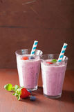 Healthy strawberry blueberry smoothie with chia seed Royalty Free Stock Photos
