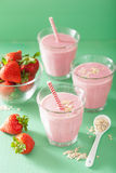 Healthy strawberry oat smoothie in glass Royalty Free Stock Photos