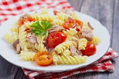 Healthy tuna and tomato pasta Stock Images