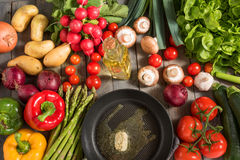 Healthy vegetable with a pan Royalty Free Stock Images