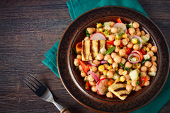 Healthy veggie warm salad Royalty Free Stock Photos