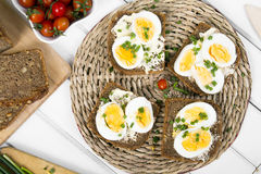 Healthy whole wheat sandwiches with eggs Royalty Free Stock Photos