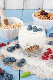 Healthy yoghurt with fruits for breakfast Royalty Free Stock Photography