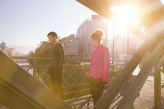 Healthy young couple jogging in the city Royalty Free Stock Photography
