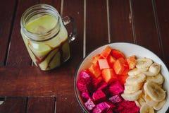 Healty fruktfrukost royaltyfria foton