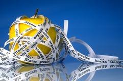 Healty gelber Apfel Lizenzfreie Stockfotografie