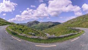 Healy通行证风景路,一条12 km路线通过科克郡边疆和凯里郡在爱尔兰 免版税图库摄影