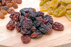 Heap dark raisins Royalty Free Stock Image