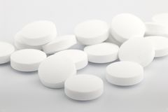 Heap of white medicine tablet Stock Photography