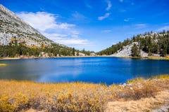 Heart湖看法在东部山脉 库存照片