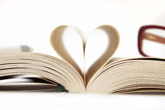 Heart from book pages Royalty Free Stock Photos