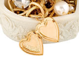 Heart gold in chain Stock Image
