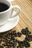 Heart made ​​of coffee beans Royalty Free Stock Photos