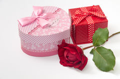 HEART SHAPE BOX PINK RED ROSE Royalty Free Stock Photography