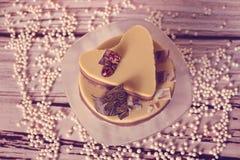 Heart shape caramel cake Stock Images