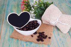 Heart shape with coffee bean Royalty Free Stock Photos