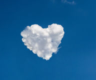 Heart shape formed from clouds Royalty Free Stock Photos