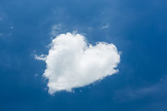 Heart shape white cloud Royalty Free Stock Photos
