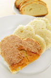 Heart-shaped sponge cake Royalty Free Stock Photos