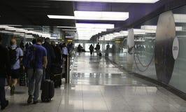 Heathrow flygplats - terminal 2 Royaltyfria Bilder