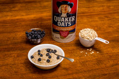 Heathy Breakfast of Oatmeal and Blueberries Royalty Free Stock Images