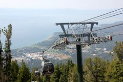 Heavenly Mountain Gondola, South Lake Tahoe, USA. Providing 2.4 miles scenic ride with panoramic view of Tahoe lake and Carson Valley from the Observation Deck Stock Photos
