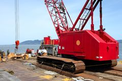 Heavy duty crane on a barge, port of Astoria OR. Royalty Free Stock Photos