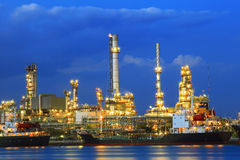 Heavy industry land scape of petrochemical refinery  Royalty Free Stock Photography