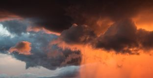 Free Heavy Rain Approaches At Sunset Royalty Free Stock Photography - 125947067