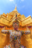 Heavy Thossakan. Wong domestic giant golden pagoda CCarrying such as Wat Phra Kaew , a huge statue with . Foreign tourists Photography enthusiasts , most of the Stock Photos