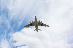 Heavy transport aircraft takes off Royalty Free Stock Photography
