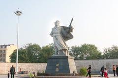 HEBEI CHINY, Oct, - 23 2015: Zhao Yun statuy przy Zilong kwadratem wewnątrz Fotografia Stock