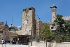 Hebron. Military check point before the gate of the tombs of Patriarchs and Matriarchs and the Palestinian sector at the Hebron town, Israel Stock Photos