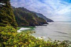 Heceta głowy latarni morskiej stanu parka Sceniczny punkt widzenia w Florencja, Oregon Zdjęcie Stock