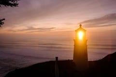 Heceta gehen Leuchtturm bei dem Sonnenuntergang voran, im Jahre 1892 aufgebaut Lizenzfreies Stockbild